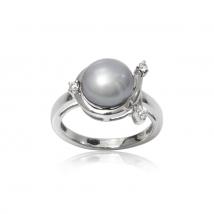 Кольцо жемчужное Арион из серебра с циркониями