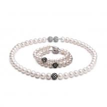 Ожерелье и браслет из белого жемчуга с ювелирными шариками