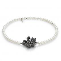 Ожерелье Камелия из белого жемчуга