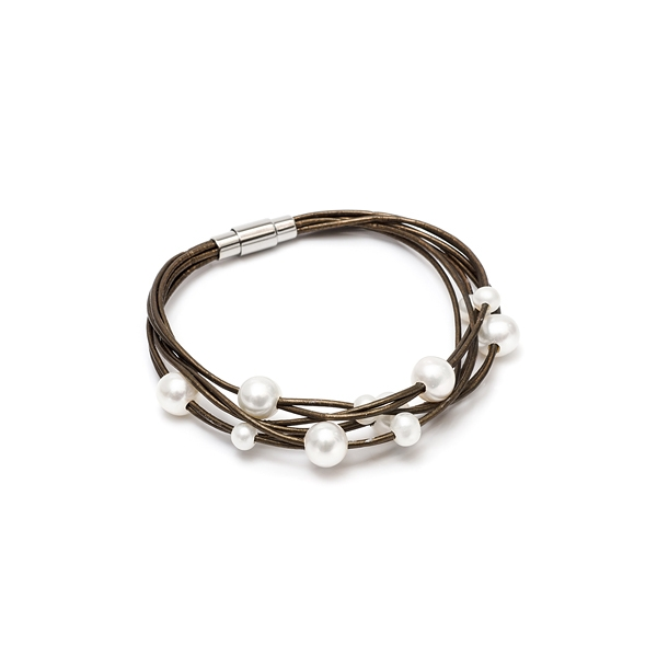 Кожаный браслет с жемчугом