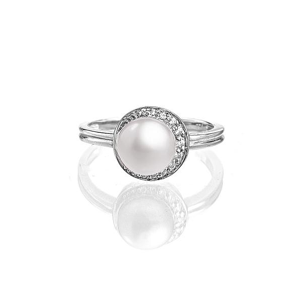 Серебряное кольцо с белой пресноводной жемчужиной